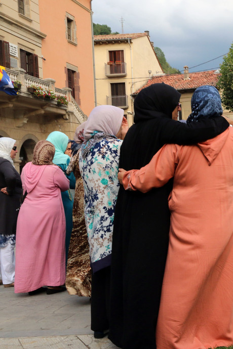 Moeder terrorist vol ongeloof: Iemand maakte ze gek