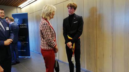 """Burgemeester voor één dag Matisse (16) ontmoet prinses Astrid in Kulak: """"Enkele minuten met haar gepraat, niet normaal"""""""