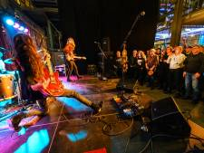 Genieten van gitaargeweld op de Veghelse Noordkade