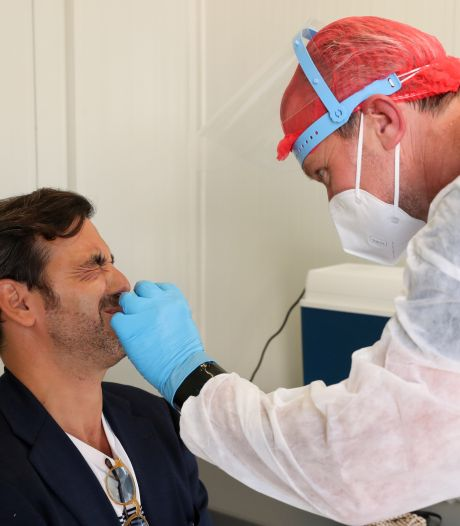 """Des écouvillons feraient saigner un patient sur deux: """"Ils sont très coupants"""""""
