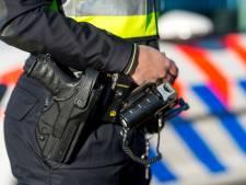 Leeuwarder met arsenaal aan wapens in auto betrapt