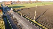 Verzakte grasbetontegels krijgen zwaardere fundering op Oude Molenstraat