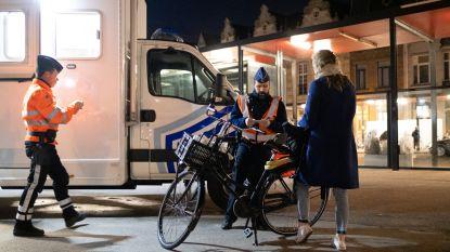 """Politie blijft fietsers controleren op fietsverlichting: """"Acht fietsers niet in orde"""""""