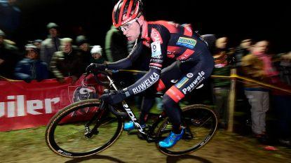 Iserbyt boos op Sweeck: hij vindt dat ploegmaat hem saboteerde door op zijn wiel te rijden