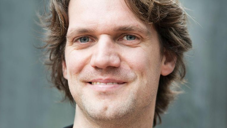 Onderzoeker Josse de Voogd: 'Amsterdammers kunnen makkelijker meedoen aan het debat' Beeld Charlotte Odijk