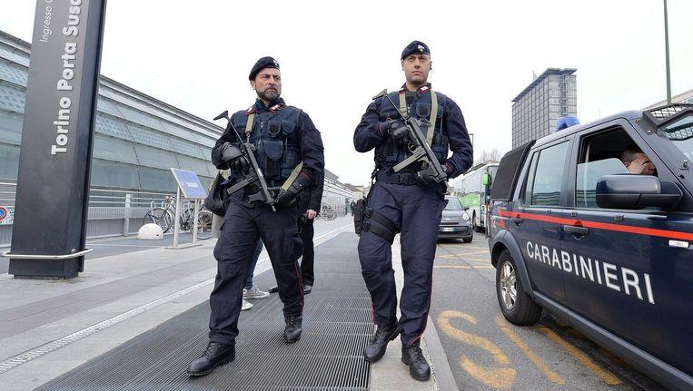 Italiaanse veiligheidsagenten op patrouille. Beeld epa