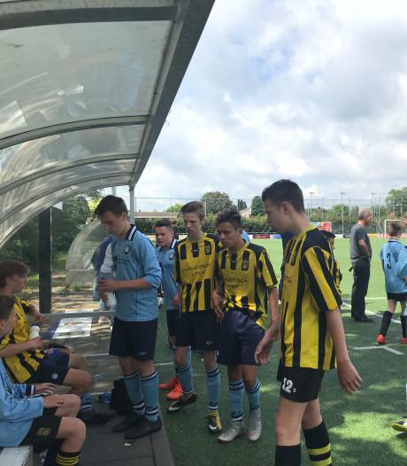 Voetbaltoernooi ter nagedachtenis overleden Tijmen (13) geslaagd: 'dit is overweldigend'