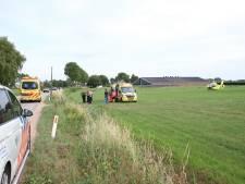 Motorrijder ernstig gewond na botsing tegen lantaarnpaal