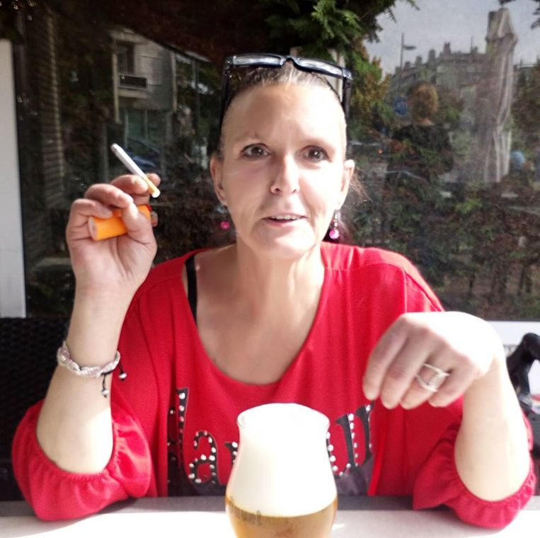 Slachtoffer Nancy De Landtsheer. De politie bood haar naar eigen zeggen opvang in een vluchthuis aan, maar ze weigerde.