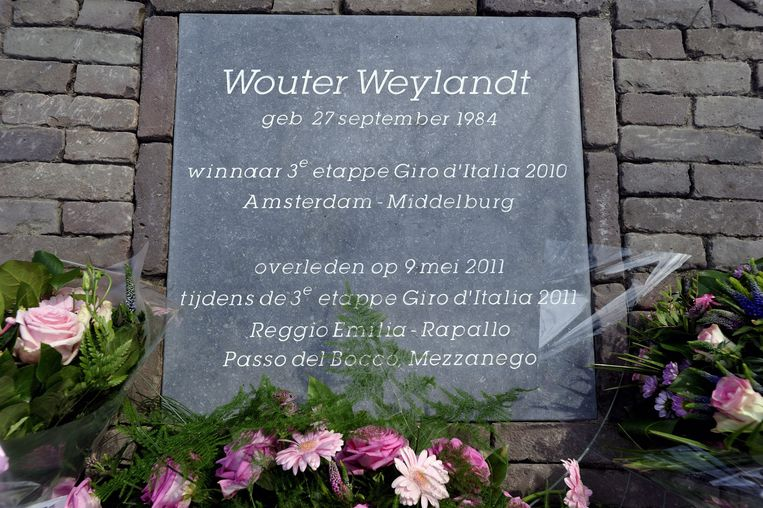In het Nederlandse Middelburg zijn ze nog niet vergeten hoe Weylandt in 2010 de derde Giro-etappe op Nederlandse bodem won.