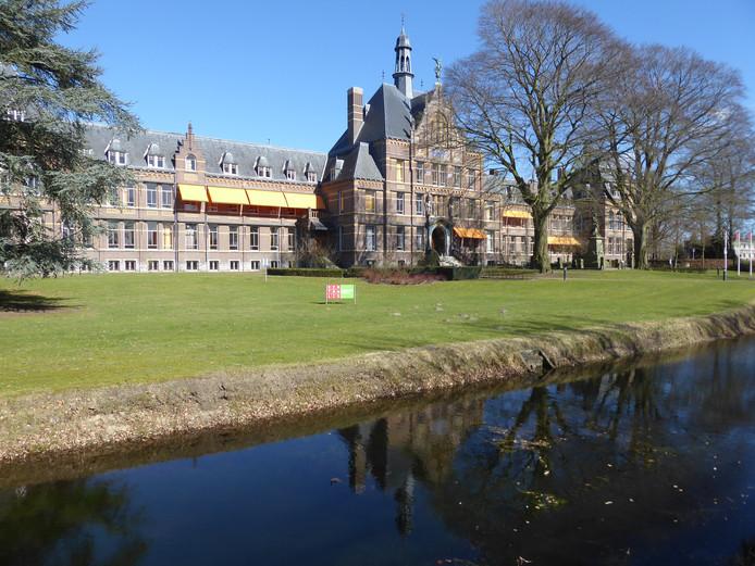 Het monumentale hoofdgebouw van Kentalis in Sint-Michielsgestel.