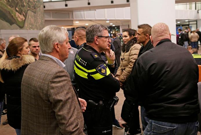 De gemeente Nissewaard maakte onder meer kosten door een informatieavond in het stadhuis in Spijkenisse te houden.