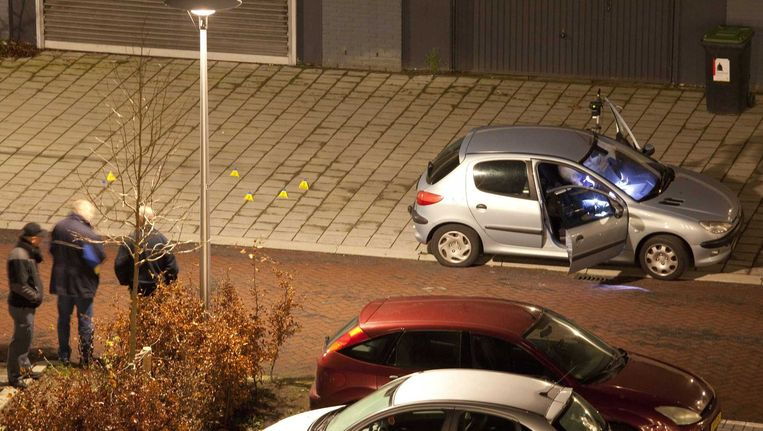 In deze auto werd de man doodgeschoten.