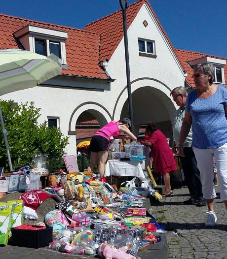 Eerbetoon voor Betsie tijdens Meimarkt Pathmos in Enschede