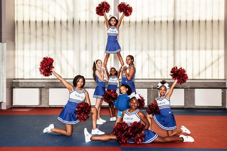 Bovenaan: Chaantal (9) Middelste rij: Celina (11), Zaicha (10), Cherlina (12) Onderste rij: Jo-Ann (14), Kaylee (8), Celine (11) en Jaydi-May (12), team Royal Blue, van turn- en gymnastiekvereniging Turnz Beeld Ernst Coppejans