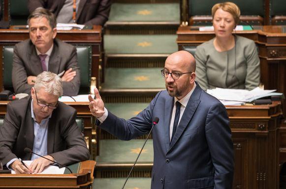 Premier Michel vanmiddag in de Kamer.