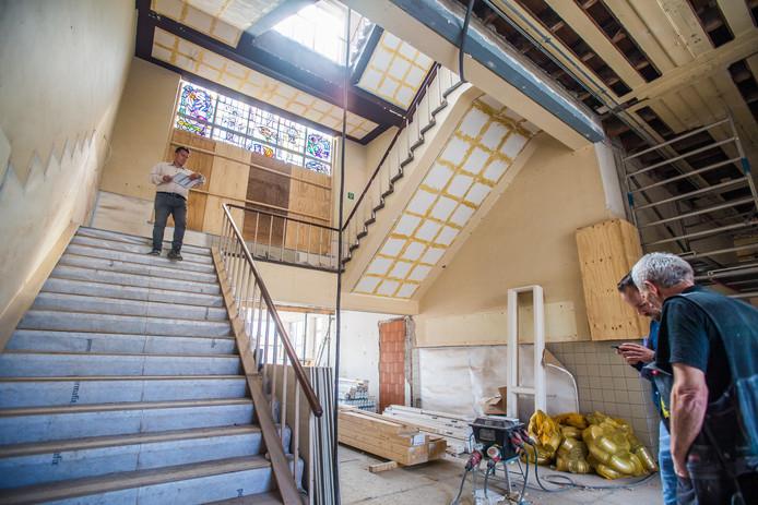 De trap in de voormalige ambachtsschool. Foto: Rolf Hensel.