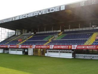 Van voetbaldoelen over wasmachines tot zeecontainers: inboedel faillissement KSV Roeselare te koop en levert voorlopig… 5.332 euro op