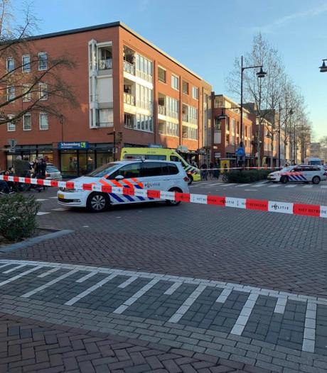 Behulpzame man die peuter (2) in Helmond hielp gevonden, scholieren zagen klasgenoot (15) beschoten worden