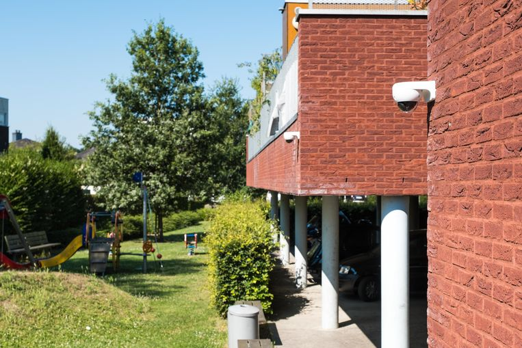 Onder meer in de fel door hangjongeren geteisterde wijk Rozendal in Baal kwamen er al camera's.
