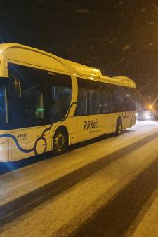 Opnieuw valt een elektrische bus stil, ditmaal op Zweedsestraat in Deventer