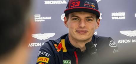 Max Verstappen wint met groots gemak op de digitale racebaan