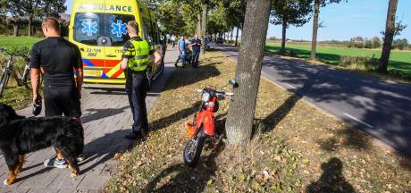 Botsing tussen scooter en brommer op fietspad in Gemert