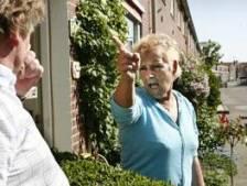 Burenruzie Diepenheim over gluren en kapotgereden zijspiegels