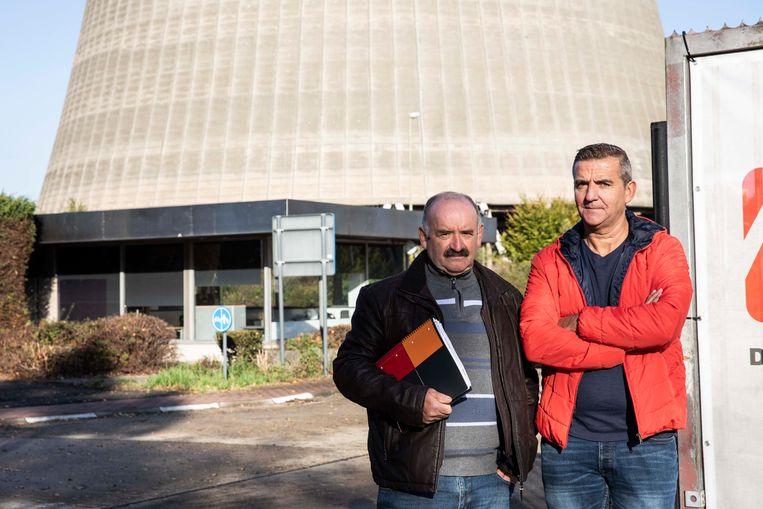 Oud-medewerkers van elektriciteitscentrale Langelo voelen zich bekocht nu op de site twee gasturbines operationeel zijn om mogelijk stroomtekort in de wintermaanden op te vangen