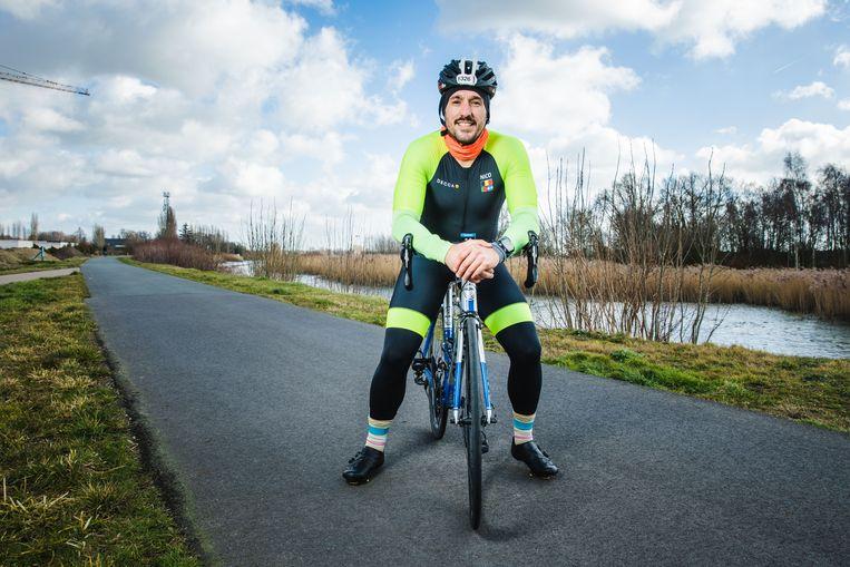 Nico De Neef zal in 23 maanden elke triatlonafstand afgelegd hebben.