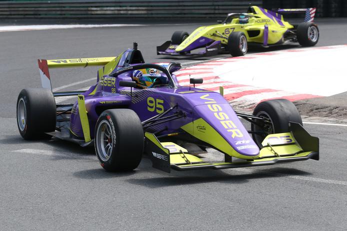Beitske Visser, eerder deze maand in de W-Series op de Norisring.
