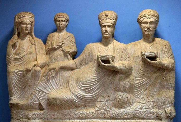 Beeld van een rijke familie uit het oude Palmyra, dat te zien is in het museum in de stad. Beeld afp