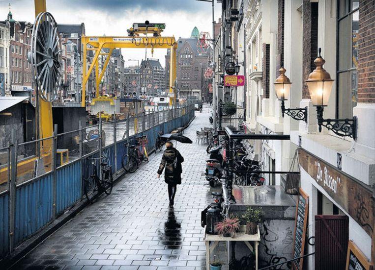 Het Rokin nu, met links de bouwput voor station Rokin van de Noord/Zuidlijn. Foto Floris Lok Beeld