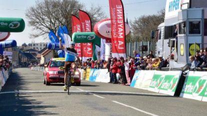 """Koers Kort. Gougeard slaat dubbelslag in in Omloop van de Sarthe - """"Kittel drinkt te veel pintjes en wijn"""""""