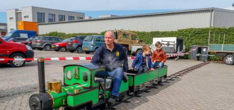 Speelgoed voor grote mensen: Voorjaarsstoomdag in Veldhoven is een succes