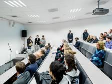 Basisbeurs komt niet terug, studenten krijgen wel 1000 euro korting
