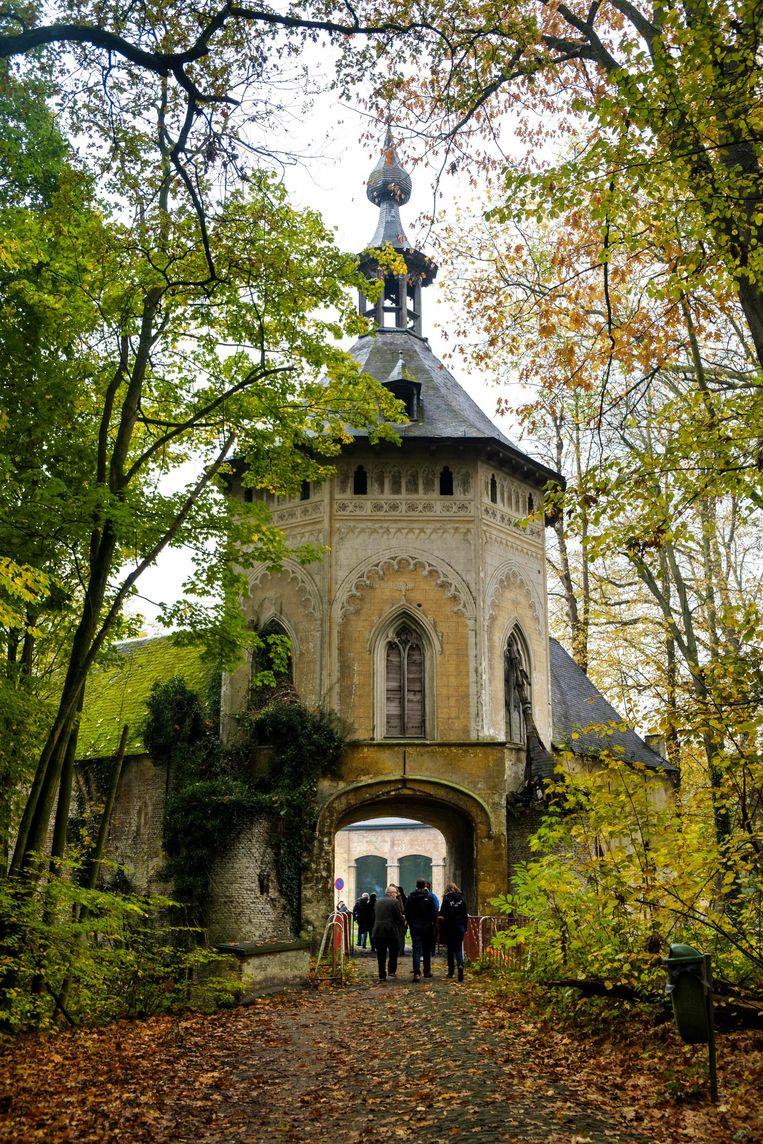 De zestiende-eeuwse Jan Vlemincktoren staat in het Wijnegemhof.