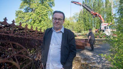 """Kunstenaar Wim Delvoye keurt Vlaanderen de rug toe na veroordeling: """"In Chimay word ik met open armen ontvangen met mijn beeldenpark"""""""