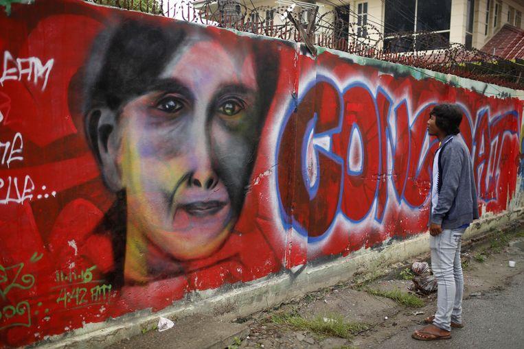 Graffiti van Suu Kyi in de Birmese plaats Mandalay. Beeld ap