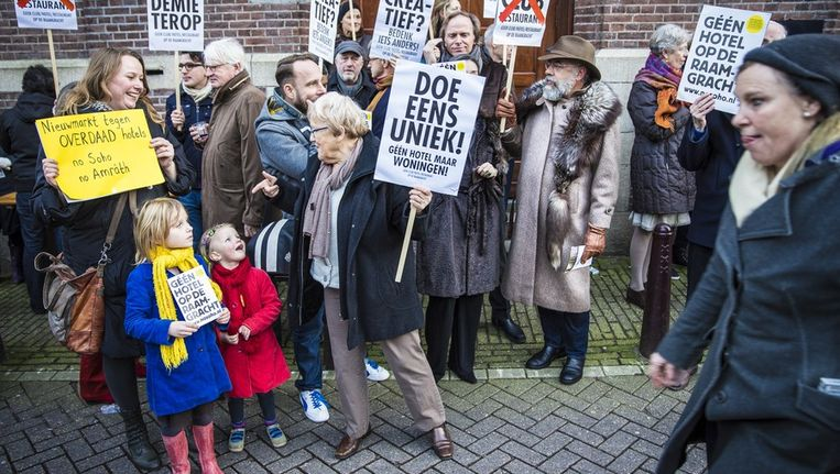 Het protest Beeld Het Parool/ Marc Driessen