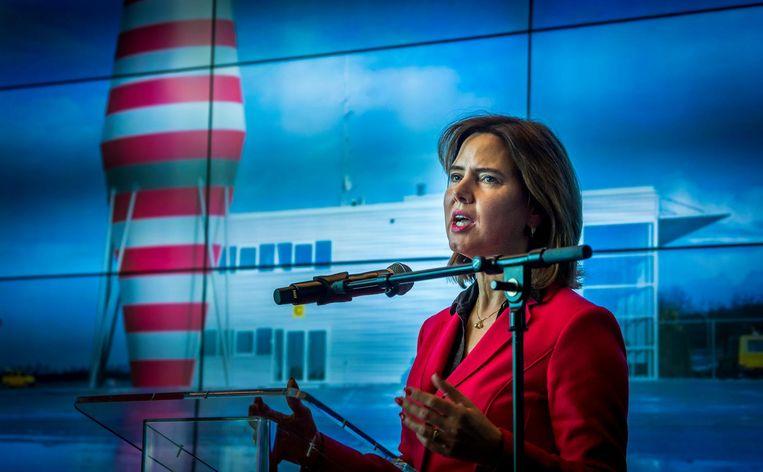 Minister Cora van Nieuwenhuizen tijdens een eerder persconferentie over Lelystad Airport. Beeld ANP