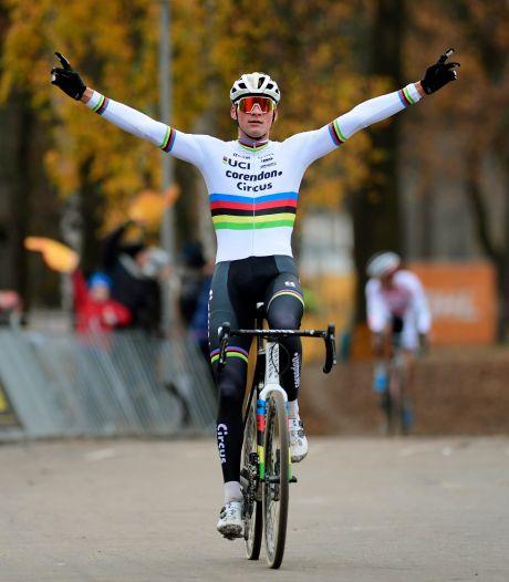 Mathieu van der Poel blijft heersen en juicht ook in Zilvermeercross