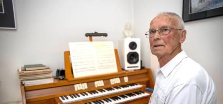 86, en nog steeds organist in Veldhoven: 'Nooit zingen en spelen tegelijk'
