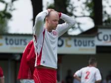 Amateurclubs in oosten haken af in top; twee 'voetbaldorpen' houden nog stand