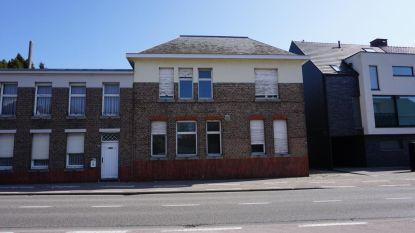 Oud gemeentehuis Zoersel te koop voor 260.000 euro