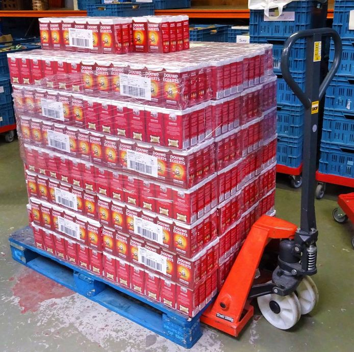 Actie van de Lions: DE-spaarpunten inzamelen voor pakken koffie voor de Voedselbank.