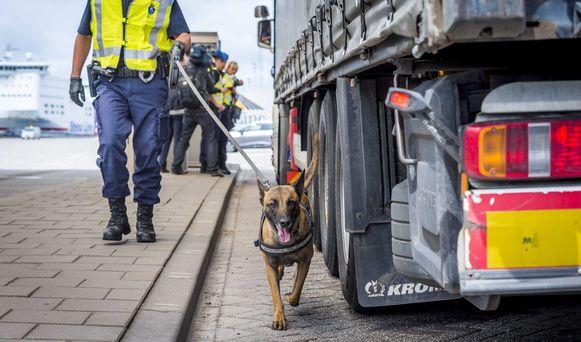 Honden worden nog altijd ingezet door de politie om drugs, vermiste personen of verdachte pakketjes op te sporen.