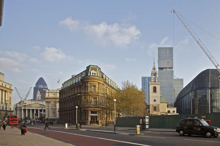 Koolhaas' ontwerp staat achter de kerk, rechts. © OMA Beeld null