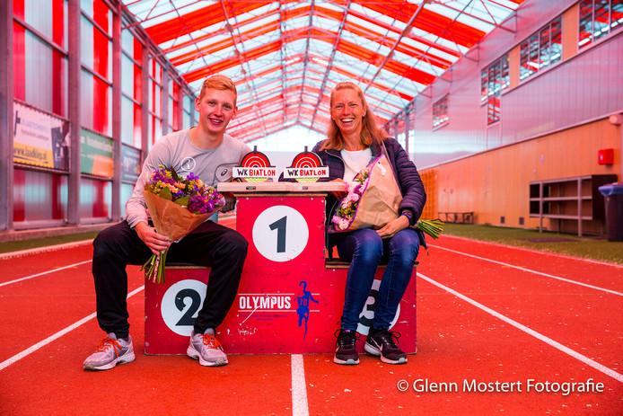 Winnaars Maarten Bakker en Anita Kleijweg.
