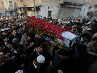 Pakistan rouwt na aanval op school